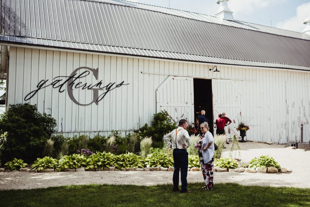 barn resort wedding