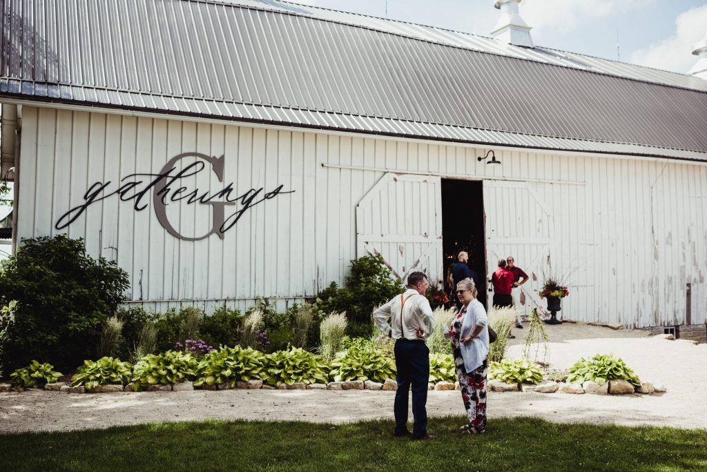 barn resort wedding